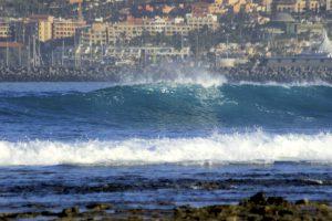 Las Americas-wave